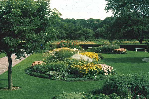 Explore Cornell - Home Gardening - Flower Garden Design Basics